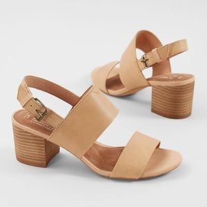 NWOT Toms Honey Leather Poppy Stacked Heel Sandal
